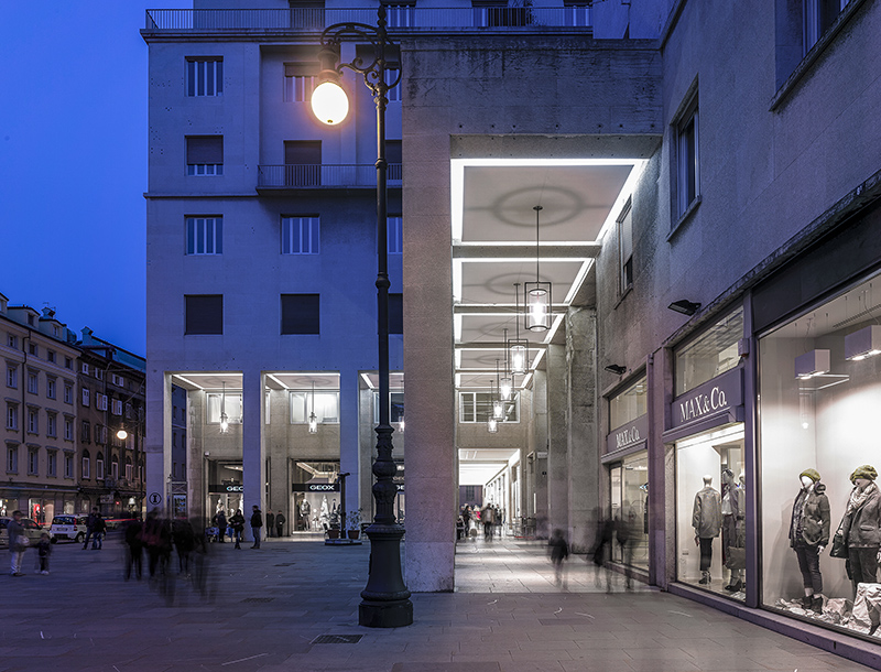 Metis Lighting Galleria Protti Trieste Outdoor Lightingdesign THUMB