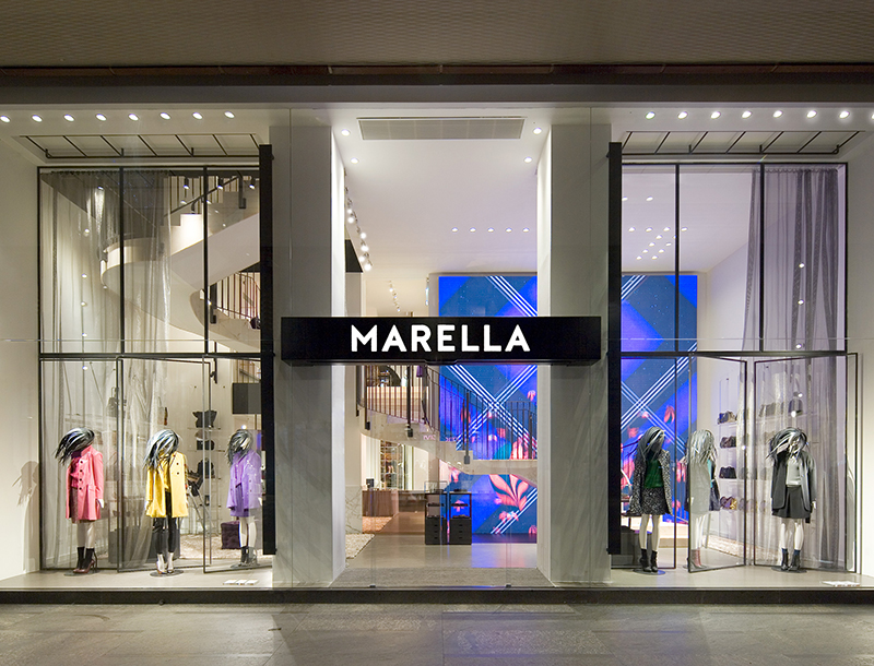 Metis Lighting Marella Lighting Flagship Boutique Milan Retail lightingdesign THUMB